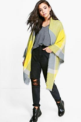 Lilly Oversize Tartan Check Cape