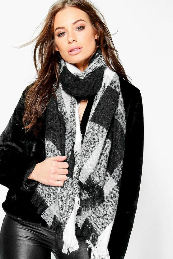 Emily Oversize Tartan Supersoft Scarf