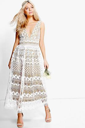 Boutique Cora Corded Lace Maxi Dress