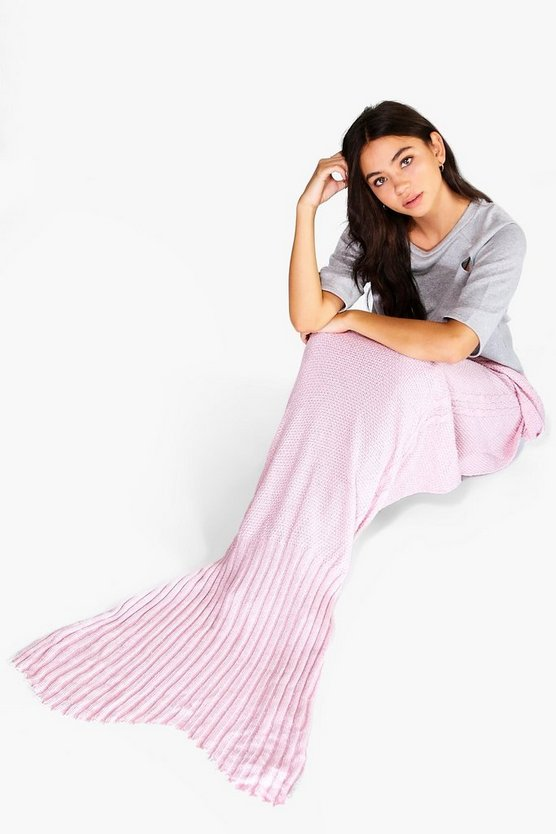 Metallic Pink Knitted Mermaid Tail Blanket