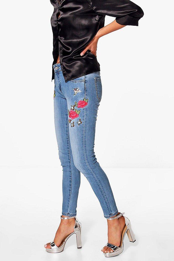 Sofia floral embroidered skinny jeans boohoo
