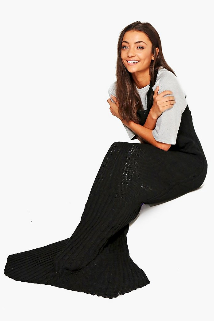 Rose Halter Neck Knitted Mermaid Tail Blanket