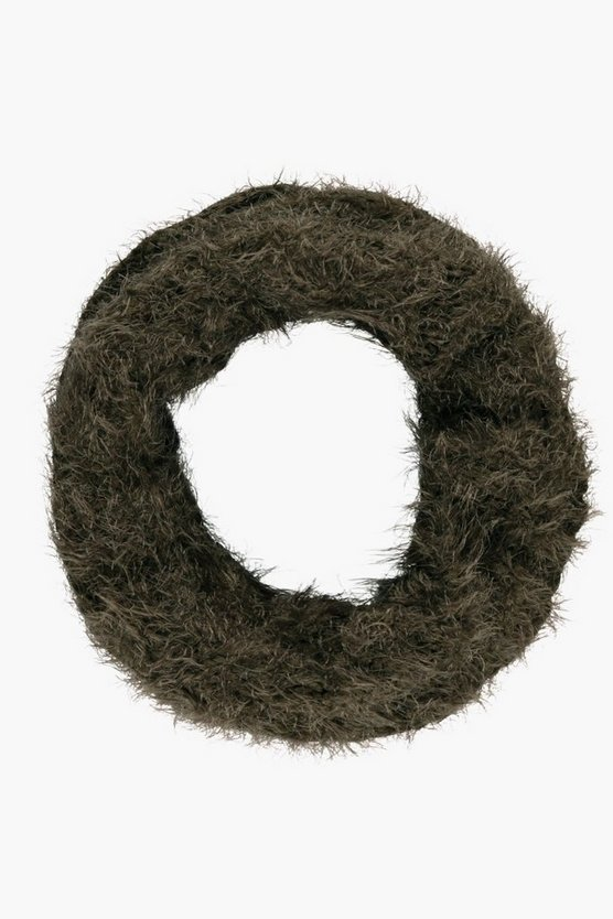 Nina Super Soft Cable Knit Fluffy Snood