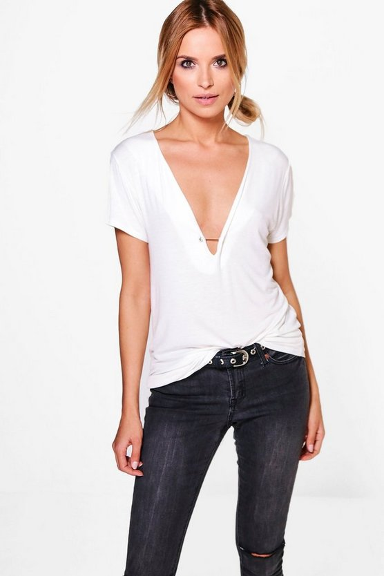 Nora V Neck Bar Detail T-Shirt