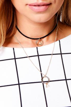 Lois Circle Pendant Layered Choker