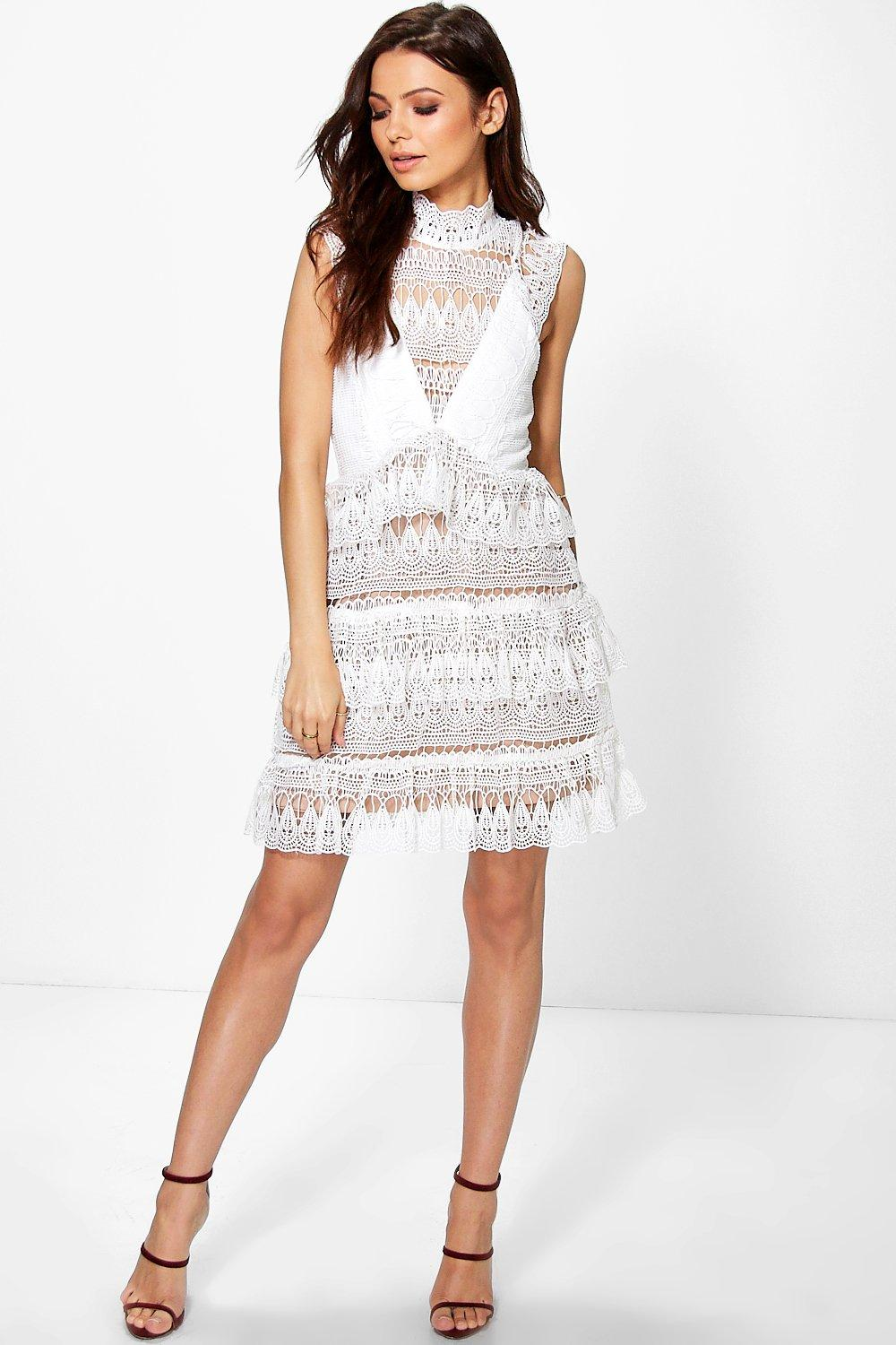 Boutique Marlowe Lace Bodycon Dress