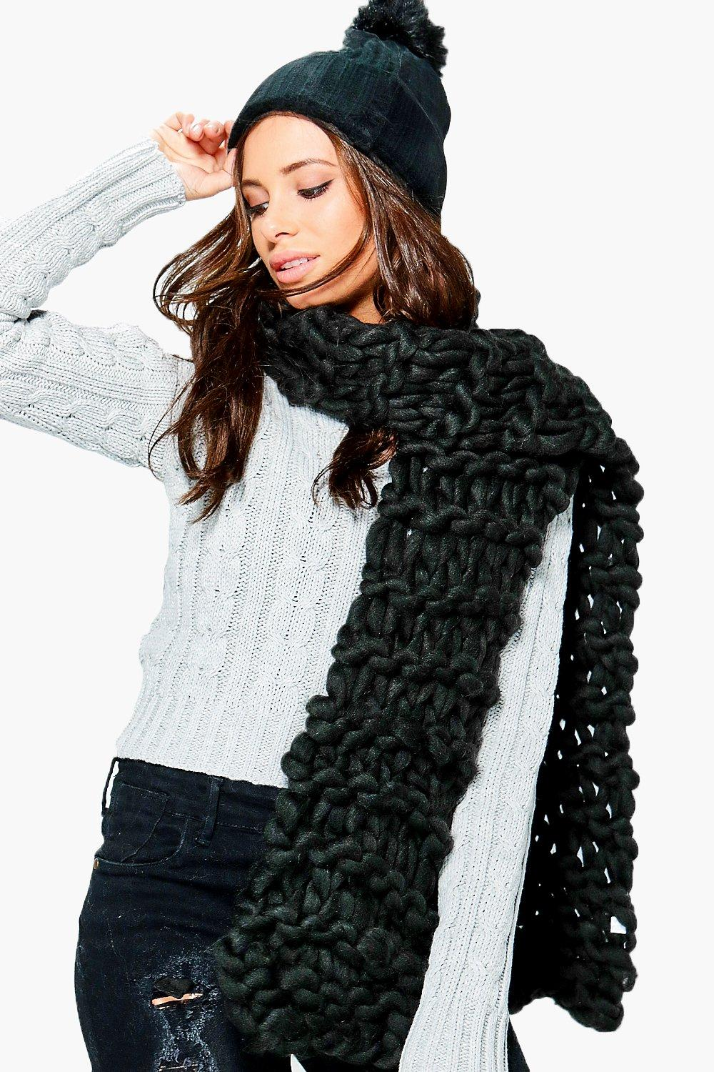 Faye Super Chunky Knitted Scarf