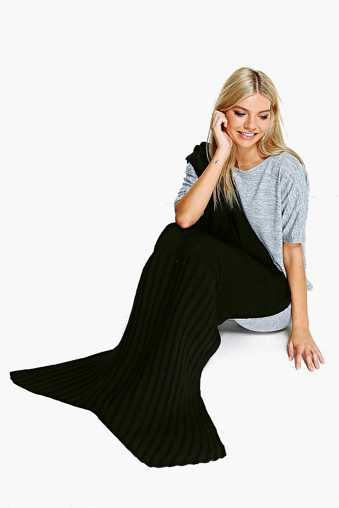 Black Knitted Mermaid Tail Blanket