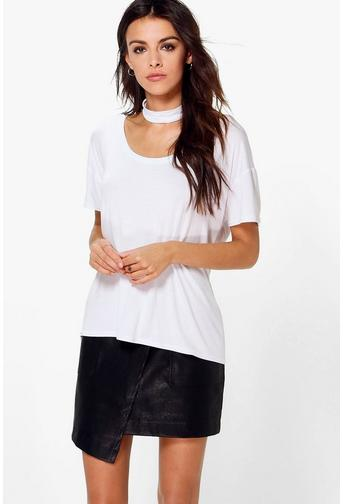 Scoop Neck T Shirts for Women, Crinkled-Velvet Tee, Johnny Was Embroidered Vines Top, Long-Sleeve Lace Top, Organic-Linen Cropped Pleated Tee.