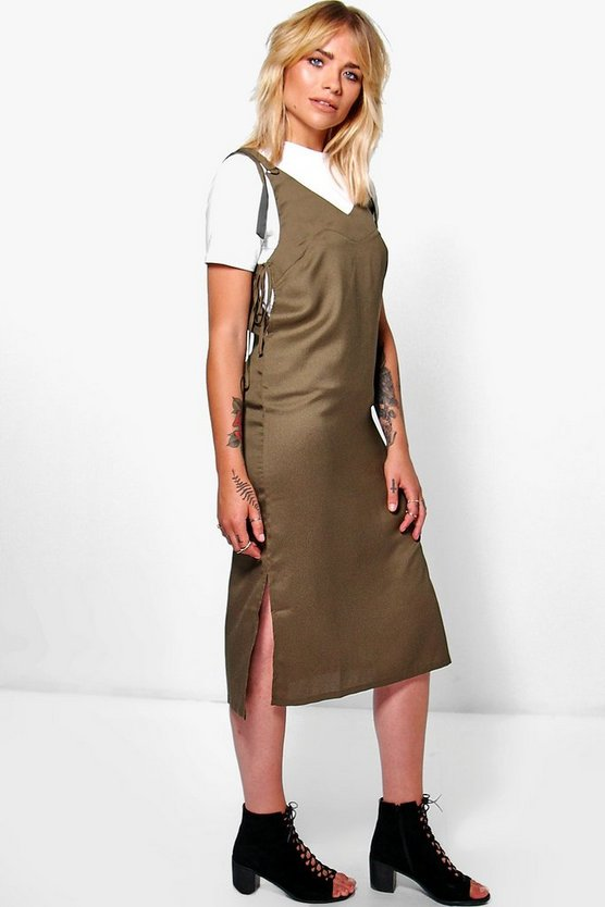 Abito sottoveste con Cut-Out Side Wanda anello a D