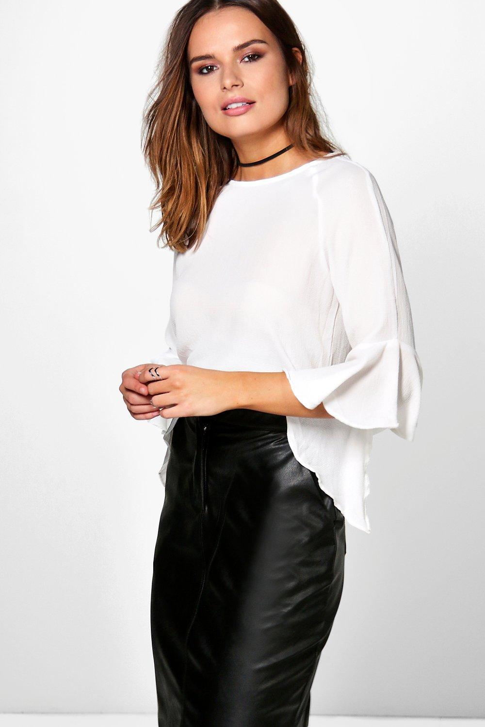 Penny Frill Sleeve Woven Top