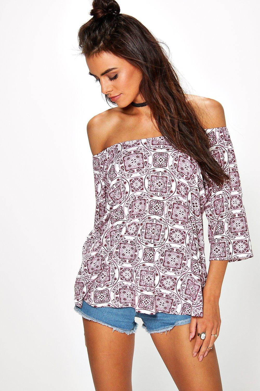 Molly Printed Off The Shoulder T-Shirt