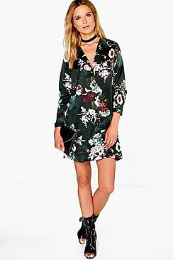 Hanalei Hemd mit Nachthemd Blumenmotiv - Boohoo.com