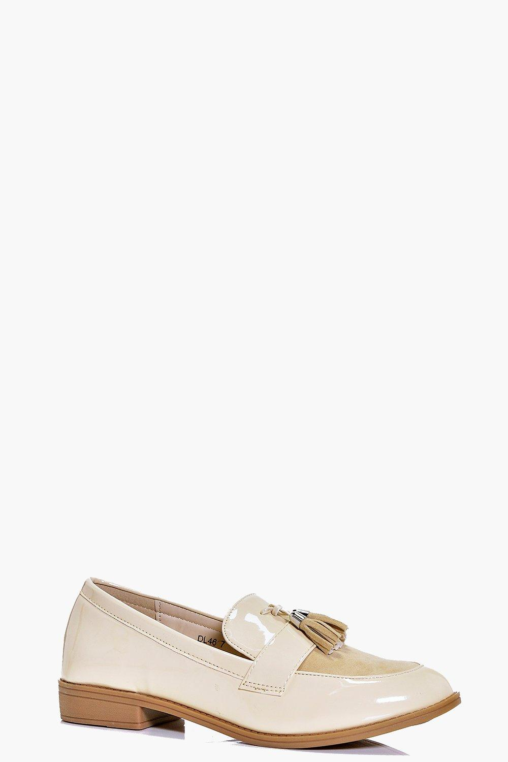 Lucy Tassel Front Pointed Loafer