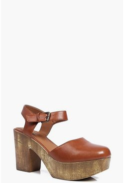 Ellie Closed Toe Clog Mule