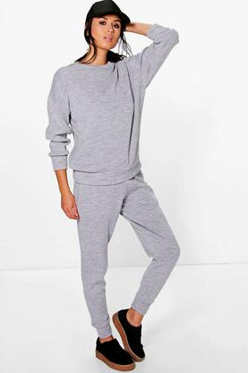 Boutique Eve Knitted Loungewear Set