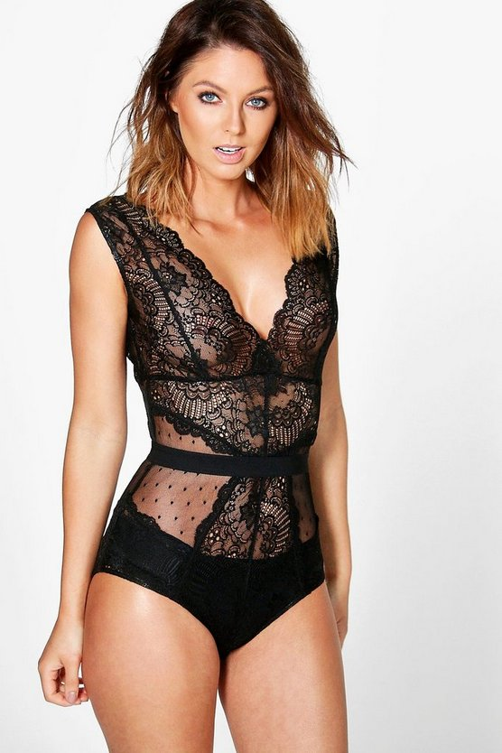 collection sally body en dentelle