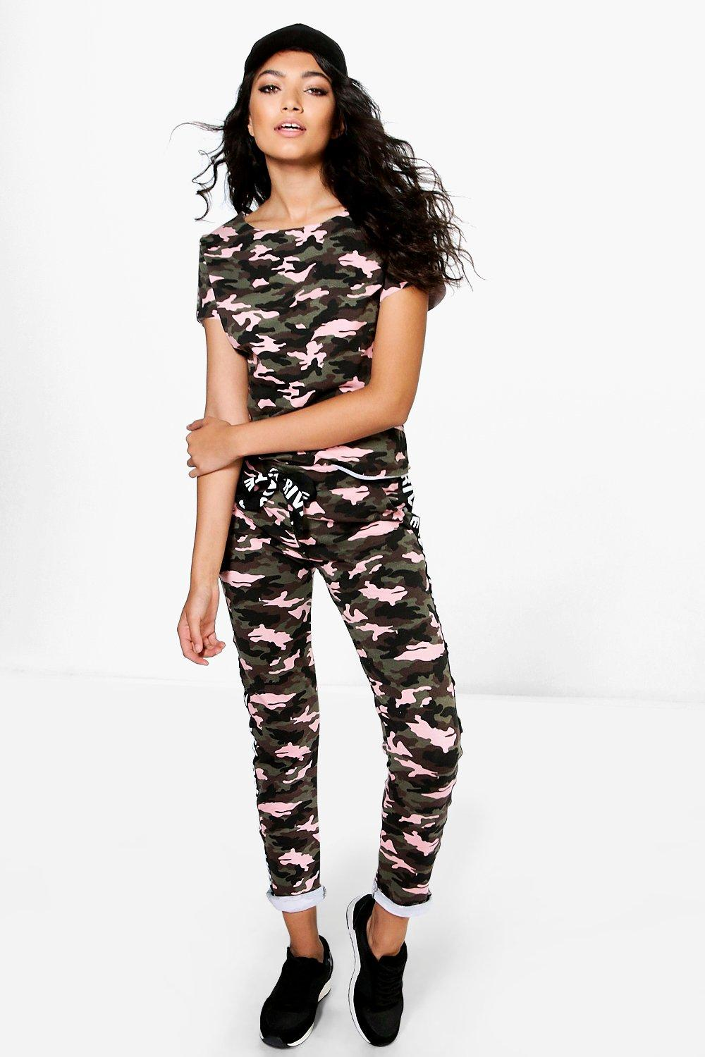Boutique Eva Camo VIP Knitted Loungewear Set