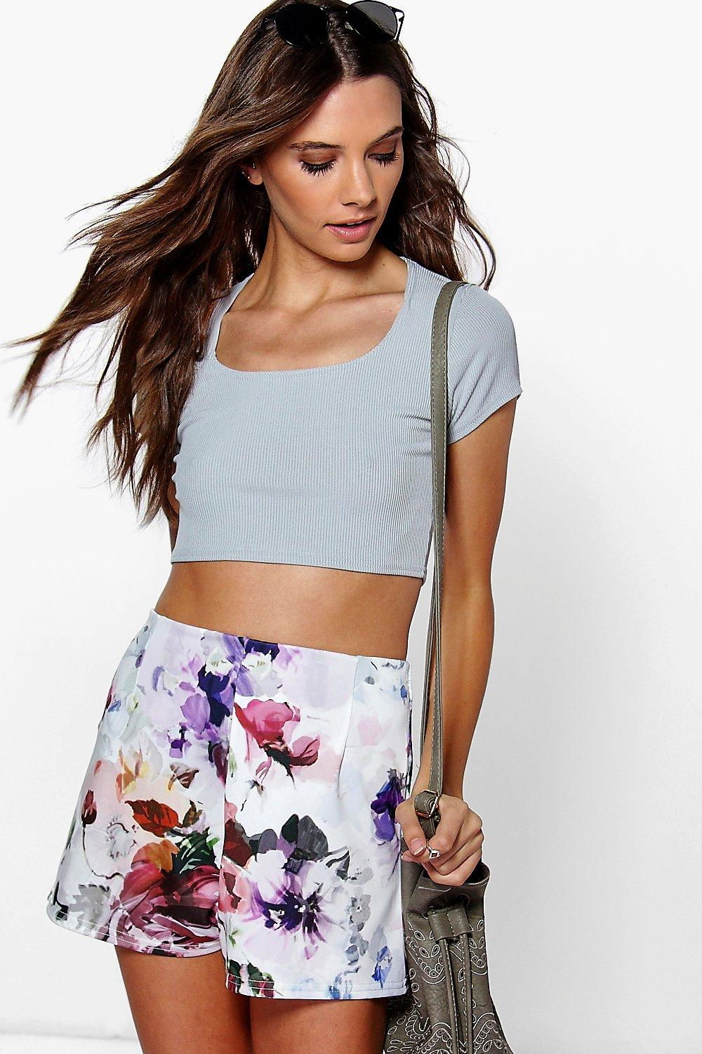 Zora Floral Tailored Shorts