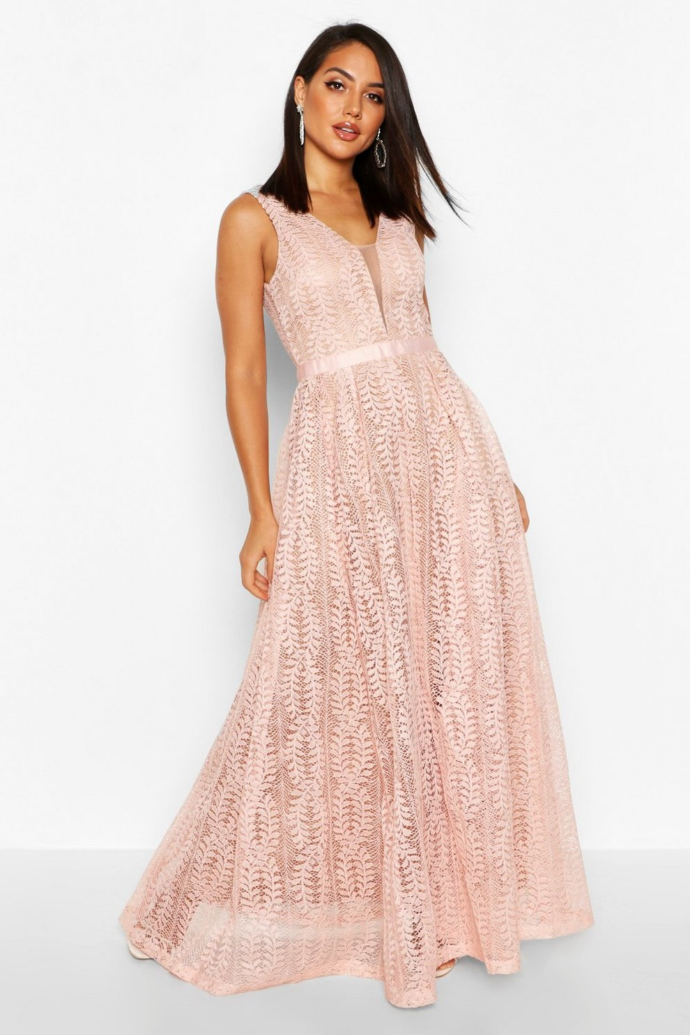 Form fitting white maxi dress