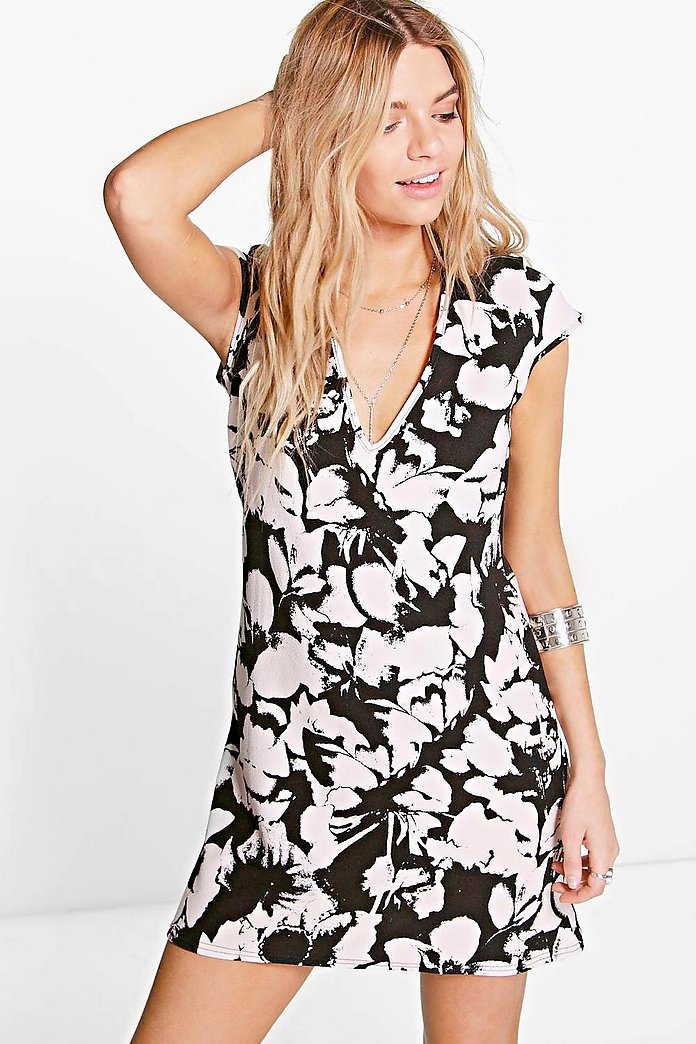 Audrianna Plunge Cap Sleeve Shift Dress