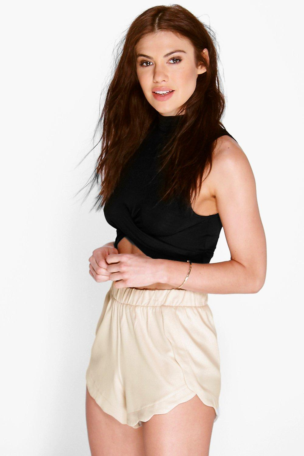 Lena Scalloped Edge Shorts