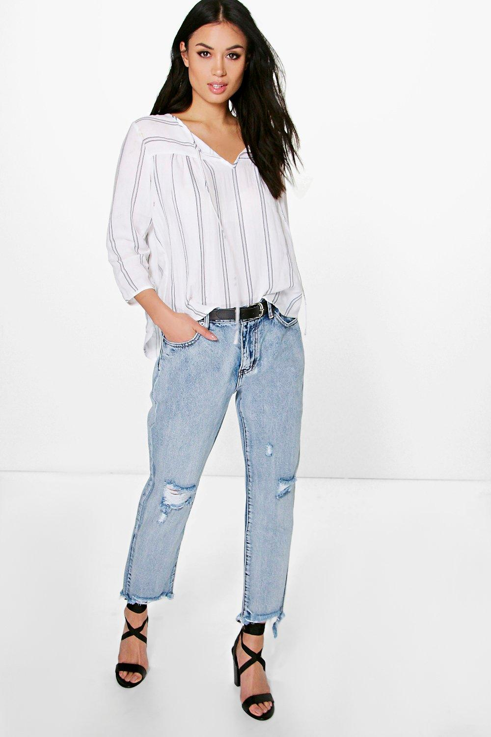 Zoe Fray Hem Distressed Mom Jeans