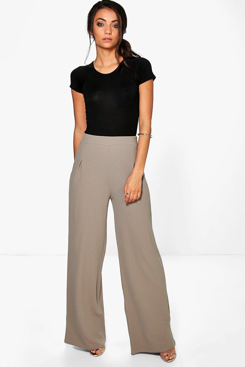 Now with more recycled fabrics—find a range of women's tall pants in 34