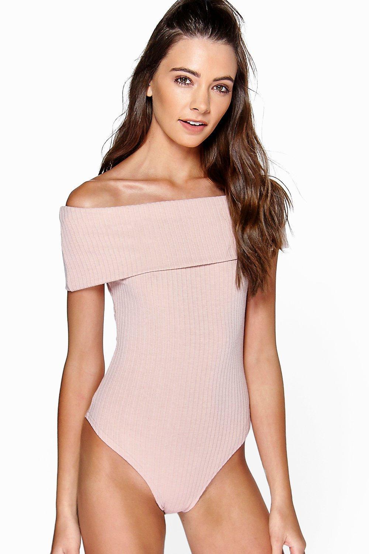 Womens Lara Gerippter, schulterfreier Body mit Bardot-Ausschnitt - Hautfarben - 32, Hautfarben - Boohoo.com