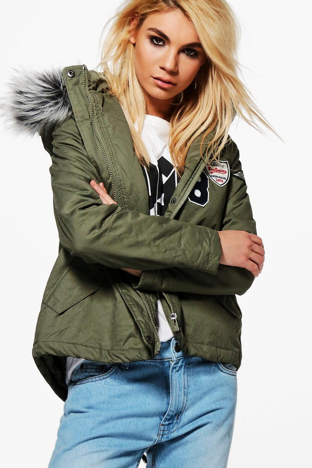 Saskia Short Badge Faux Fur Collar Parka