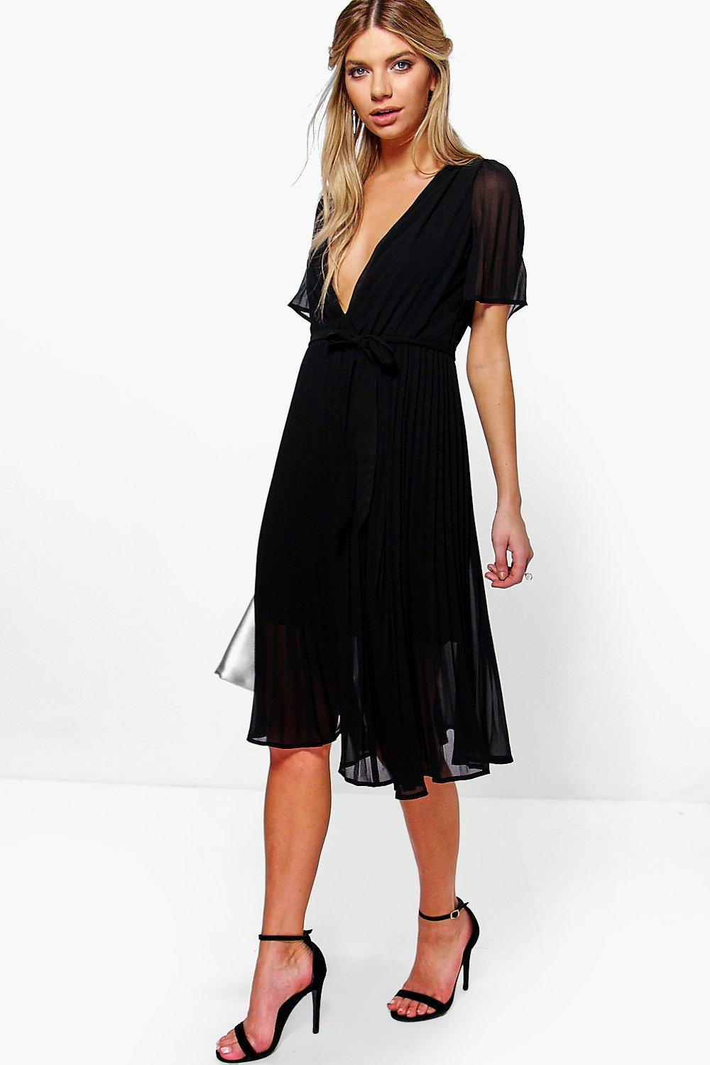 Boutique Erity Pleated Plunge Neck Midi Dress