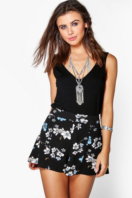 Olivia Floral Woven Shorts