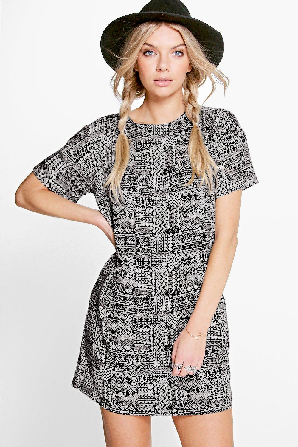Sandy Short Sleeve Shift Dress