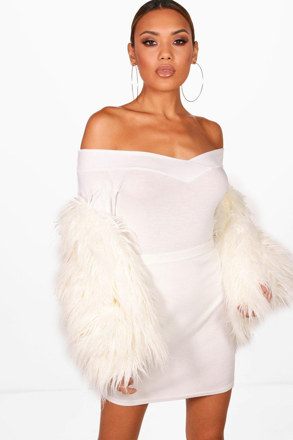Sofia Off The Shoulder V Neck L/S Body