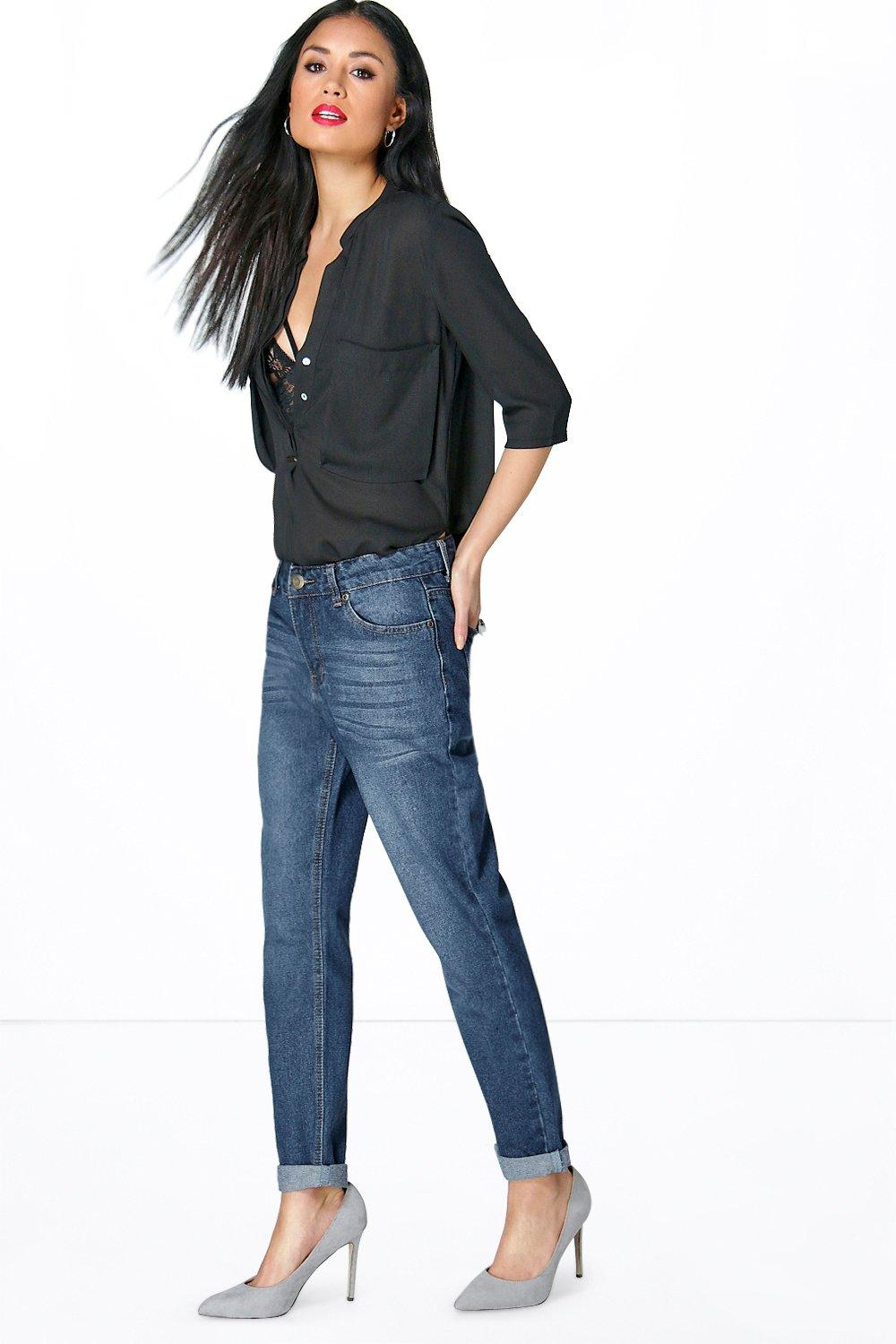 Sara Mid Rise Mom Jeans Dark Blue