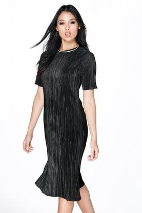 Karina 3/4 Sleeve Pleated Column Shift Dress