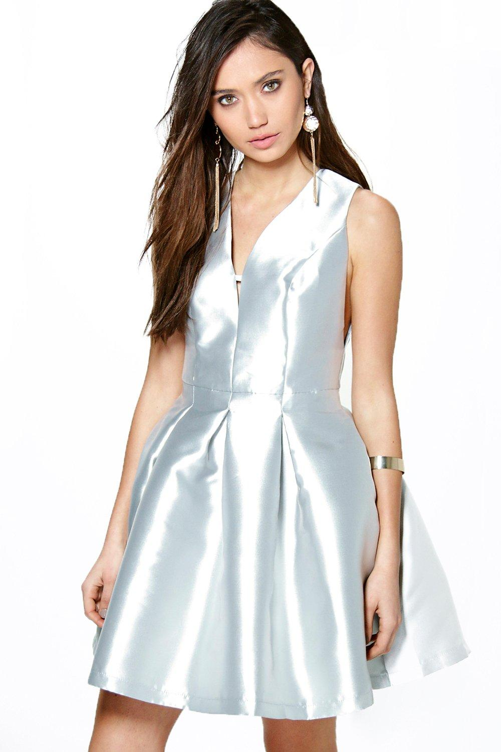 Boutique Alicia Metallic Seam Detail Prom Dress