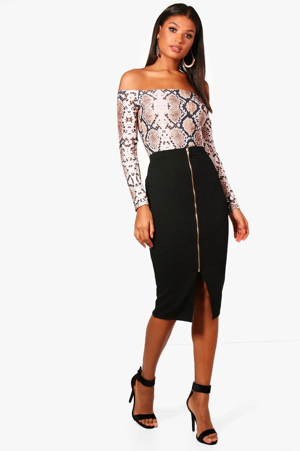 Romarah Zip Front Ribbed Midi Skirt