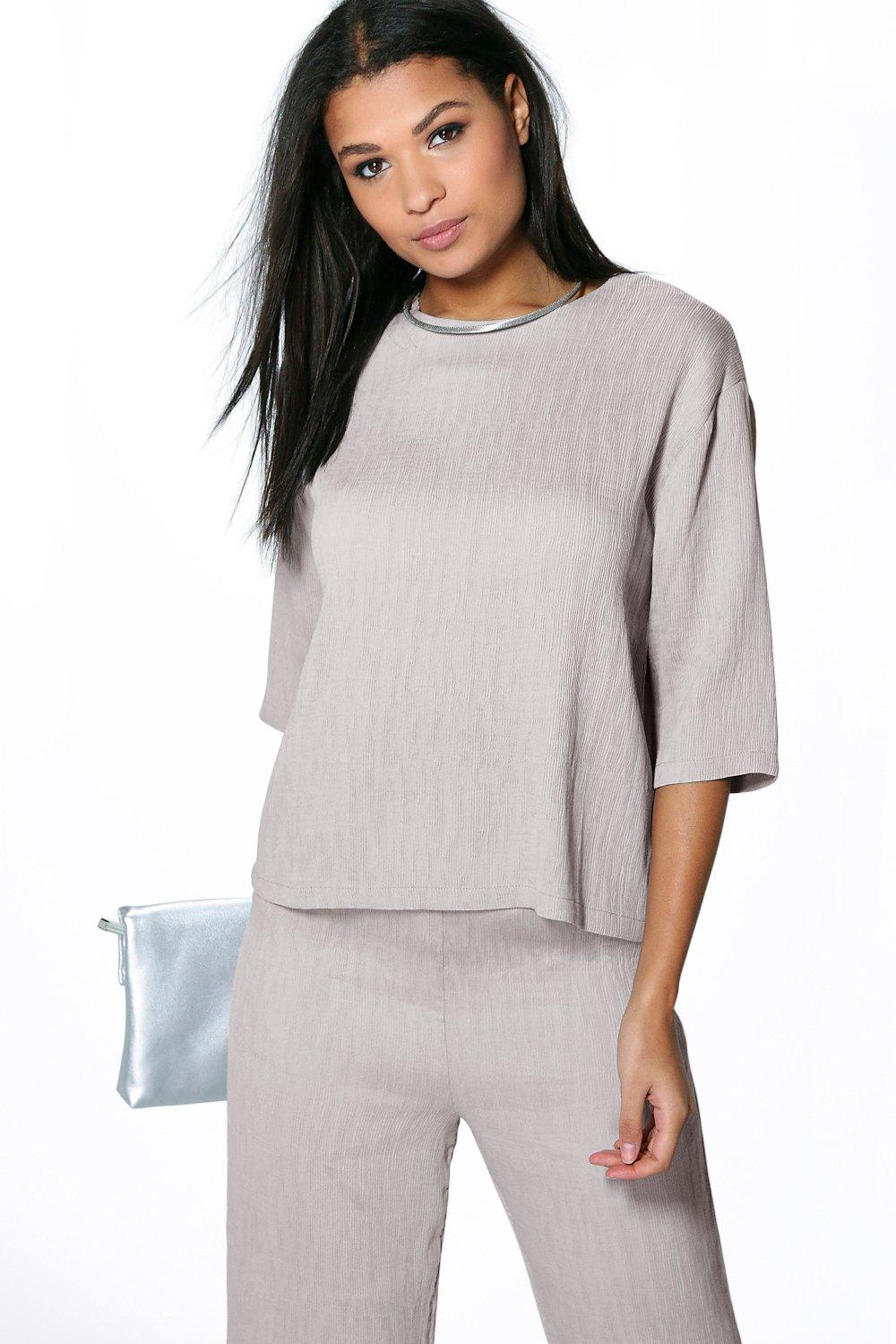 Boutique Laila Crinkle Boxy Top