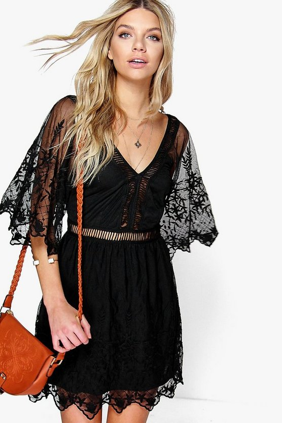 Boutique Jinny Ladder Detail Lace Dress