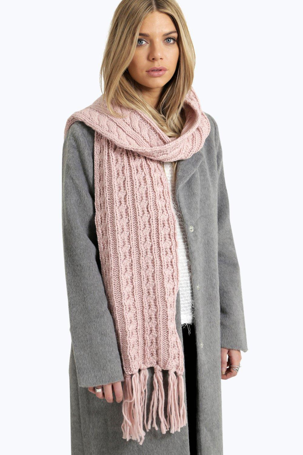 Ruby Knitted Tassel Scarf