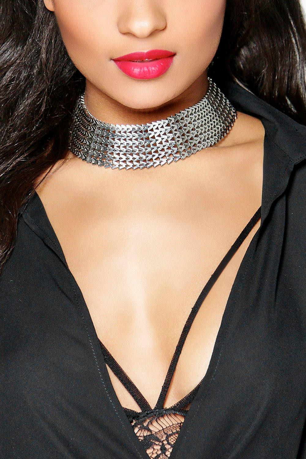 Lucy Wide Chain Choker