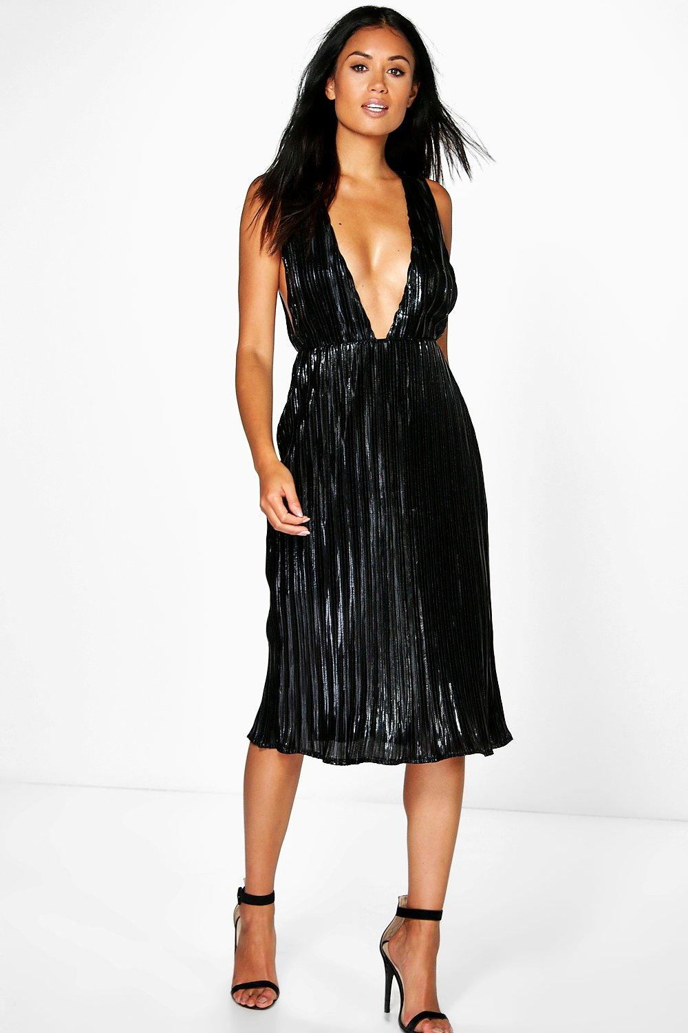 Boutique Misy Metallic Pleated Plunge Midi Dress