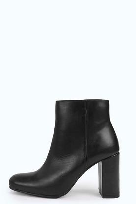 Boutique Sarah Block Heel Leather Boot