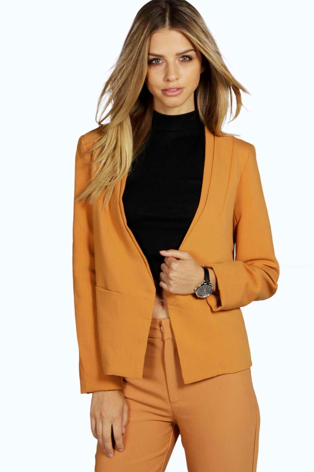 Boutique Laura Tailored Jacket