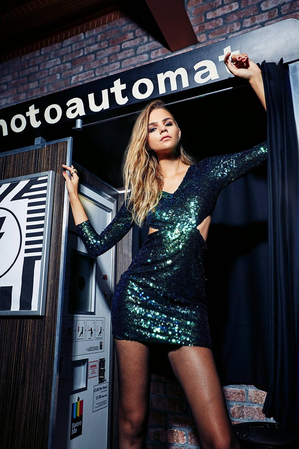 Boutique Ava Metallic Sequin Bodycon Dress