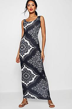 Many Mono Paisley Scoop Neck Maxi Dress
