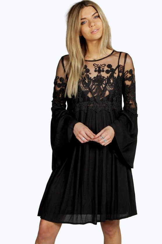 Boutique Carmen Lace Wide Sleeve Dress
