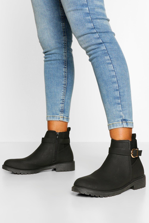 boohoo Brede Chelsea Boots Met Gesp Detail