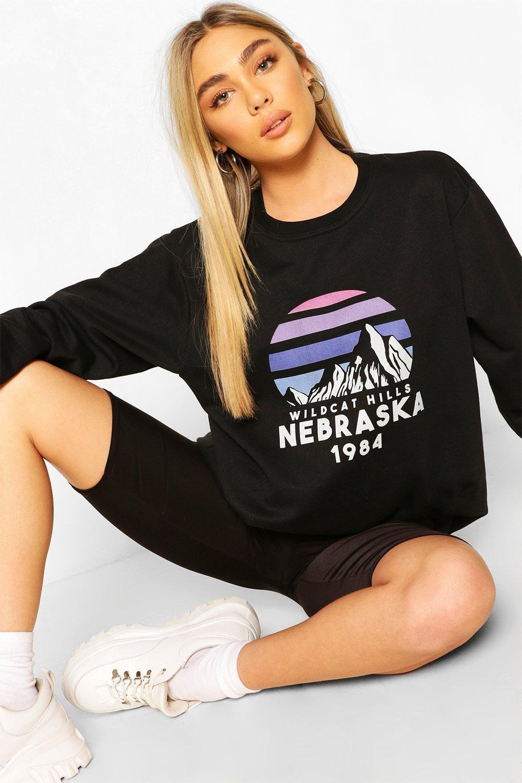 Womens Sweatshirt mit Nebraska-Print und Rundhalsausschnitt - schwarz - S, Schwarz - Boohoo.com